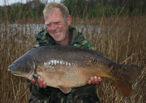 Ian Stott, Elstow, 29lb 2oz mirror caught using size 6 Covert Chod hooks and 14lb Mirage mainline