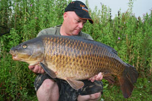 A cracking common weighing 25lb 2oz