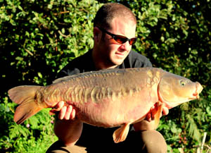 A nice mirror falling to the naked chod rig